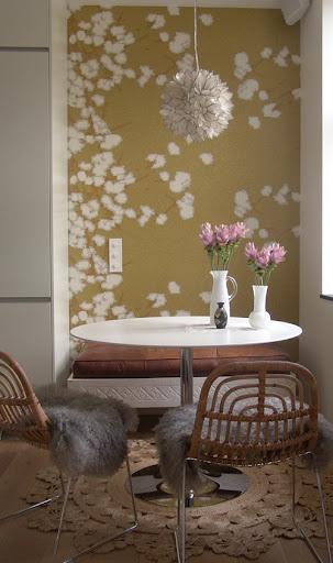 Casa primavera nuova vita alle pareti di casa con for Carta da parati per casa bambole